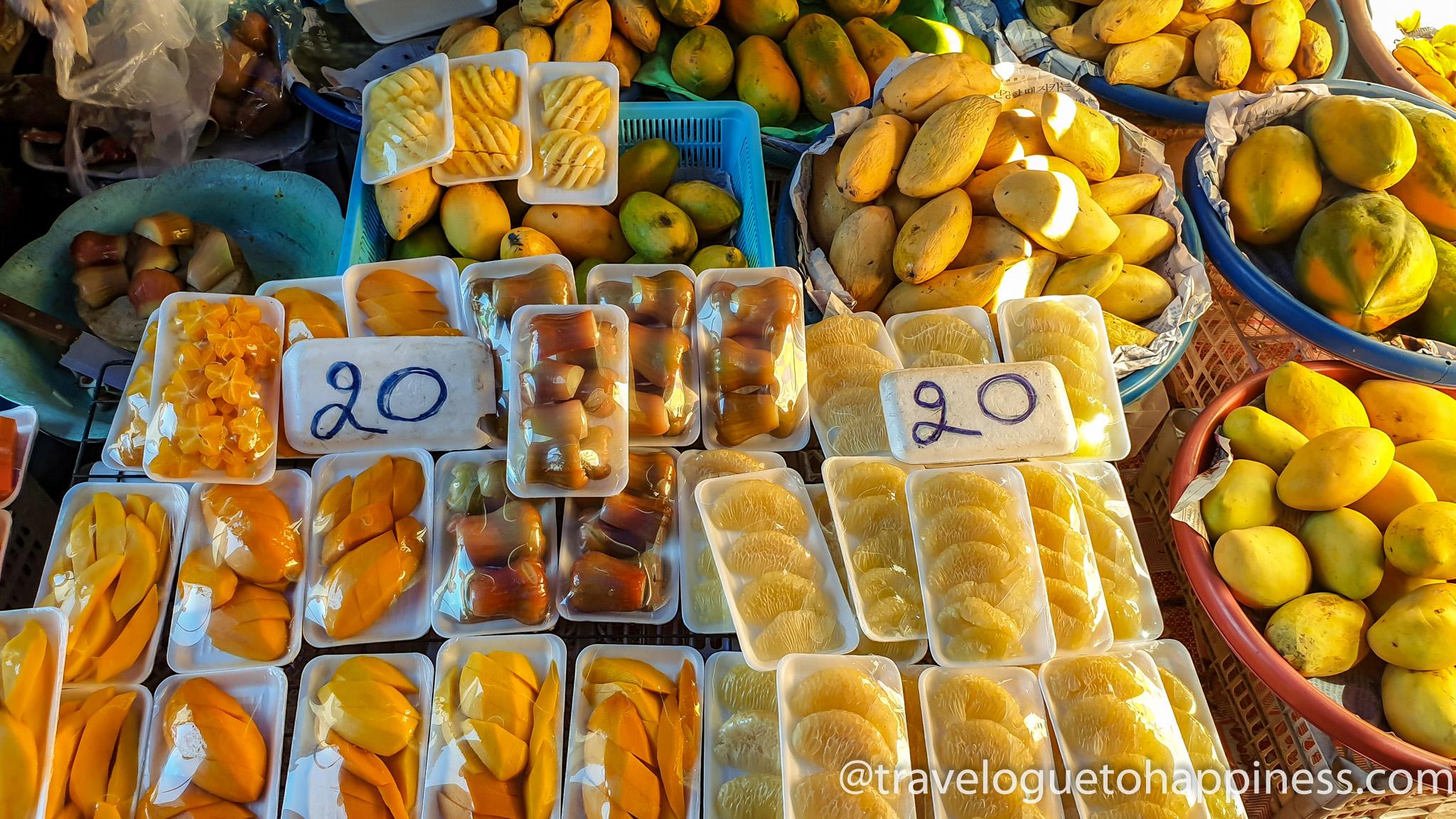 Maeklong Train Market - Fruits